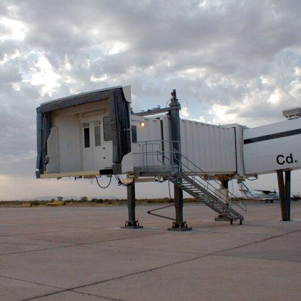 Daltek: Aeropasillos pedestal